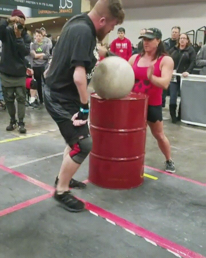 [Image] Inspiring Performance By This Guy At The Arnold Disabled Strongman Athlete Competition (X-Post Gifs)