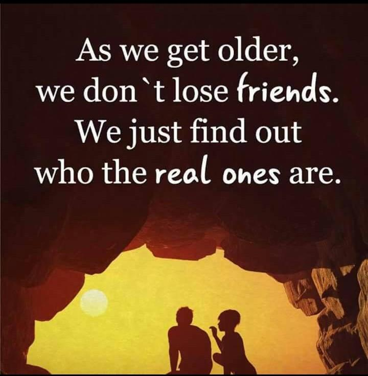 [Image] Real friends are the best always!