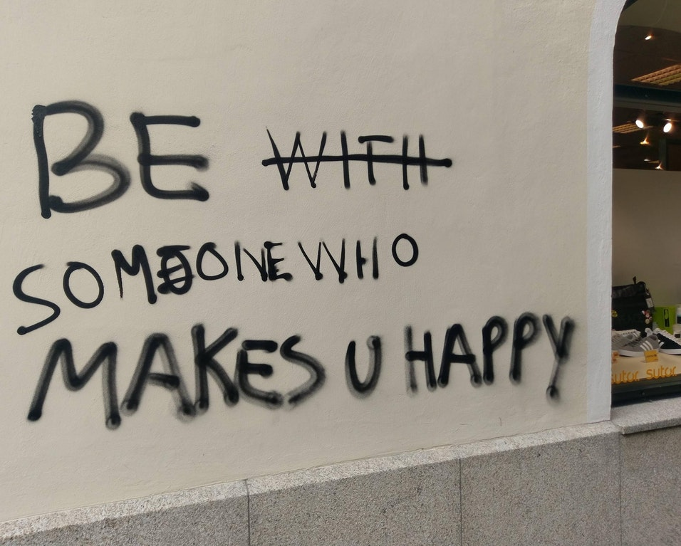 [Image] Be someone who makes you happy