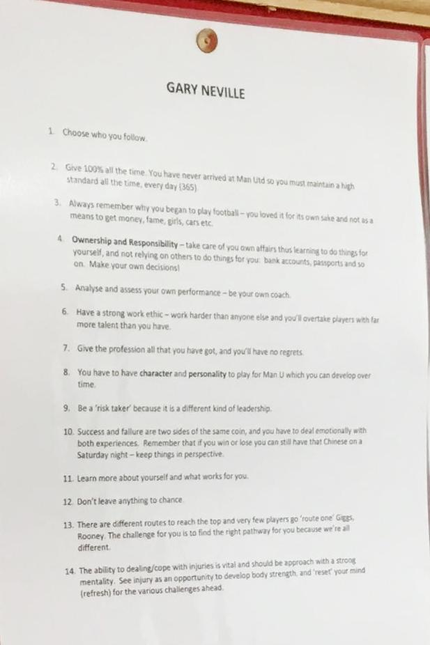 [Image] Gary Neville's advice for young Manchester United players pinned on the wall at Carrington.