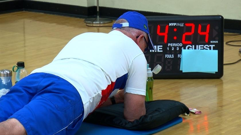 [Image] Andy Steinfeldt, a 71-year old Minnesotan who recently finished radiation treatment for prostate cancer just broke the world record for planking, 38 minutes!