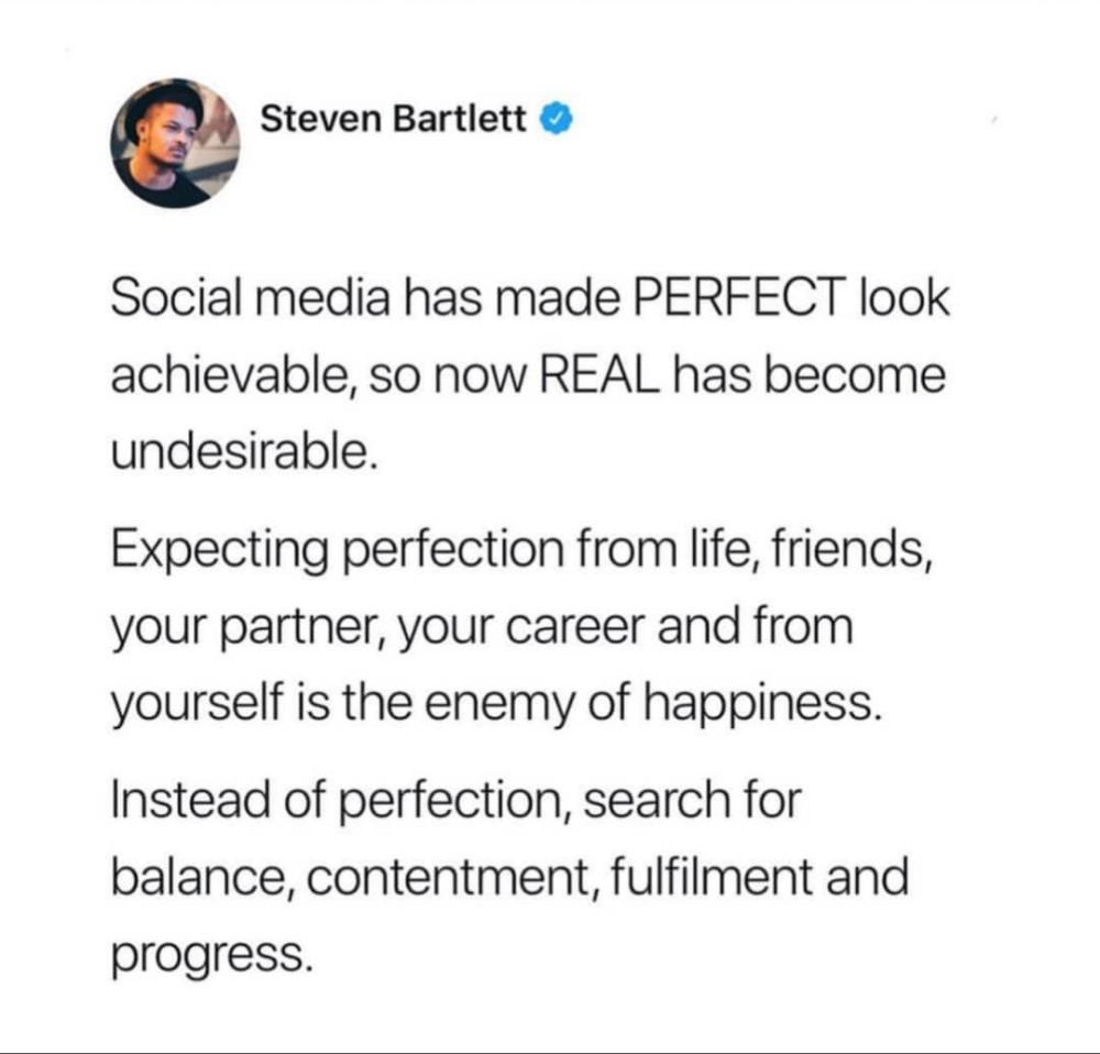 [Image] Reality is different from social media.