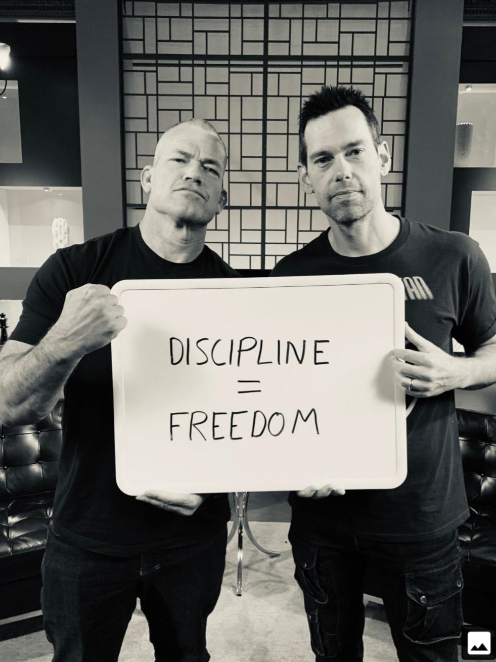 [Image] My lockscreen picture. Jocko Willink and Tom Bilyeu, two extremely hard working men.
