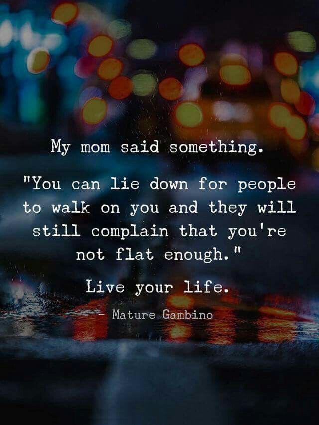 [IMAGE] «Live Your Life»