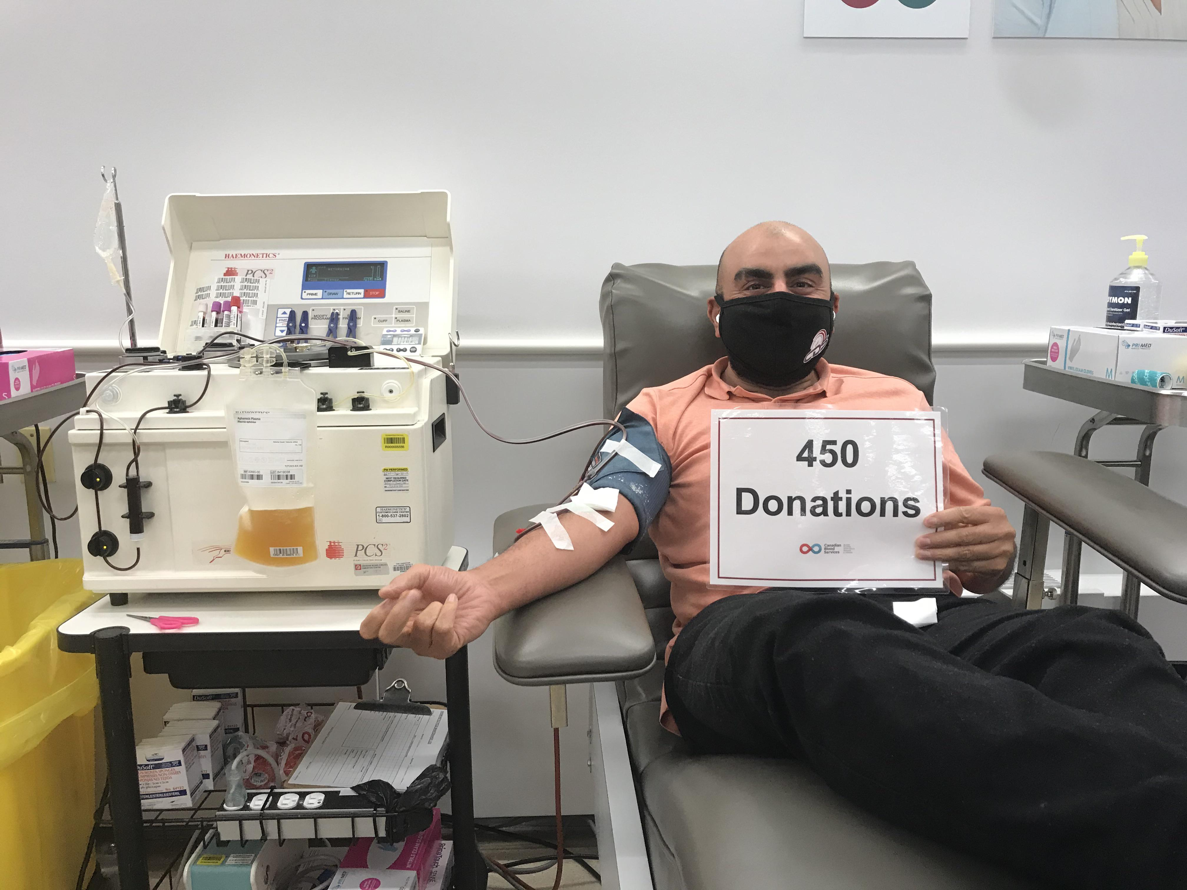 [Image] I've been donating blood plasma at Canadian Blood Services since I was 19. Now I'm 37 and I reached 450 donations. Every donation saves lives, so get out there and donate!
